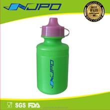 Customized Logo PMS Colors Fast Delivery 250 ml Plastic Squeeze Bottle Sport
