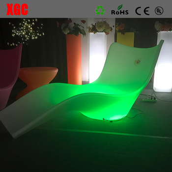 Rotational Molding PE Beach Lounger Illuminated Outdoor Swimming Pool Lounger Bed