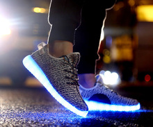 2018 latest design unisex USB charging casual LED light shoes; Led Light Up Shoes Sneakers