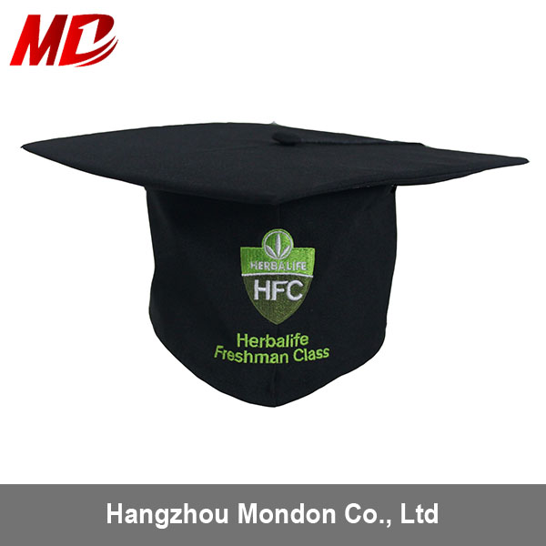 Black shiny graduation hat with embroidery logo