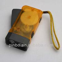 led dynamo hand crank flashlight