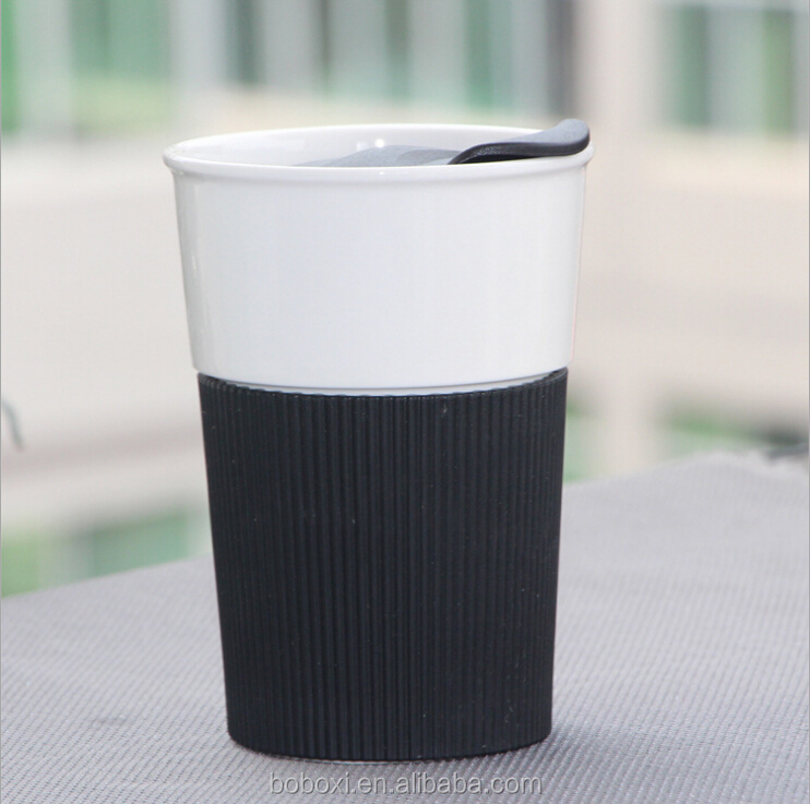 Cheap and High Quality <strong>Black</strong> Ceramic Coffee Mug with Color Silicone Cover