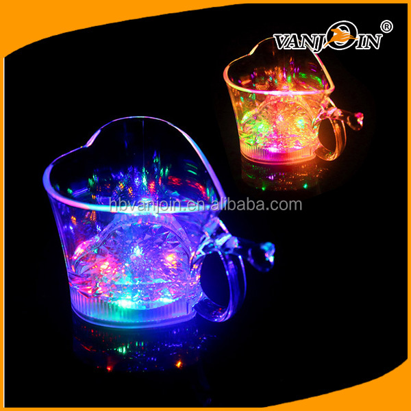 10oz-30oz Party Used Water Induction Flashing LED Plastic Cup, Wedding Plastic Cup