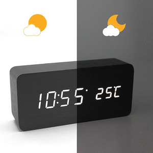 natural simplicity wooden clock