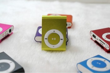 2017 low price mp3 player made in china,portable mp4 mp3 game.