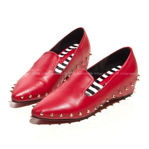 2015 Autumn Women Genuine Leather Loafers Woman Slip On Rivets Flats Soft Shoes Red Bottom High Quality Footwear Dames Schoenen