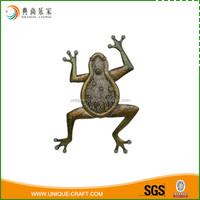 Fashion Design Metal Wall Art Decor Frogs Sculpture