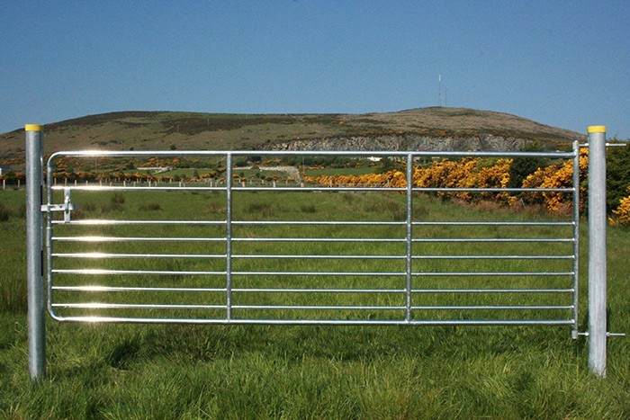 Heavy Duty Hot Dipped Galvanized Livestock Fence Cattle
