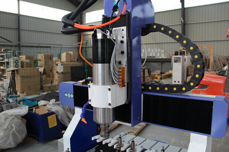 cnc router03.jpg