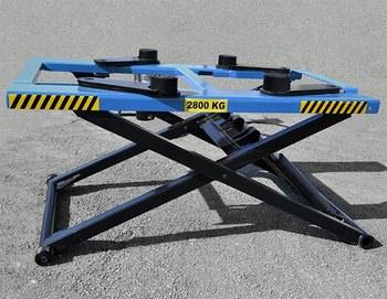 Ponte sollevatore auto idraulico a forbice 2 8t 380v buy for Ponte sollevatore a forbice