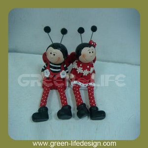 Creative bee figurine with cloth legs ceramic decoration