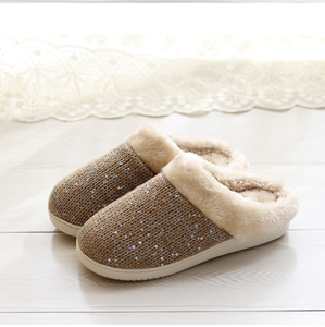 Hot selling item beige soft short fur durable TPR sole unisex indoor slipper lady home slipper