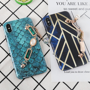 HAISSKY Personalized Creative Mobile Phone Case Luxury Fish Scales Bracelet  Phone Case For iPhone 8 8Plus X