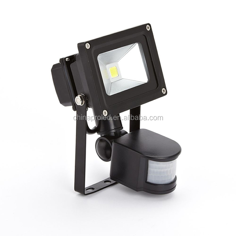 Factory direct sale 10W PIR motion control sensor led flood light IP65 outdoor available