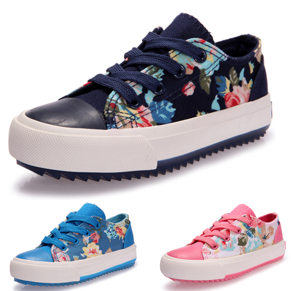 83c6724b7bf Get Quotations · Wholesale 2015 New fashion canvas shoes classic children  kids canvas shoes boys girls sneakers Flat shoes