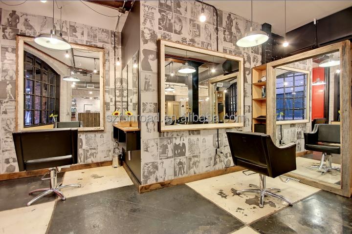 mesas de trabajo con espejo de peluquera y sillas de diseo montado en la pared estantes