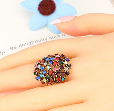 Europe and the United States with dense set four claws black auger exaggerated fashion big ring pn8142