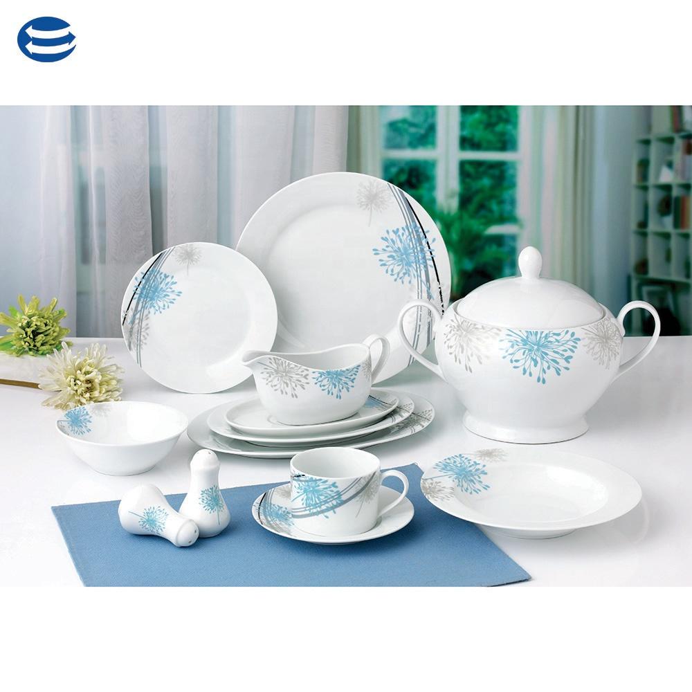 rose fleur sur nouvelle porcelaine vaisselle table de. Black Bedroom Furniture Sets. Home Design Ideas