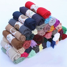 High Quality Women Muslim Soft Shawls Promotional Cotton Viscose Crinkle Hijab Scarf Pleated Hijab