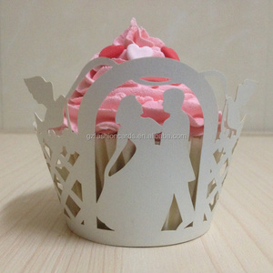 Hot Sale Novelty Design Bride Groom Laser Red Cupcake Wrappers Supplies