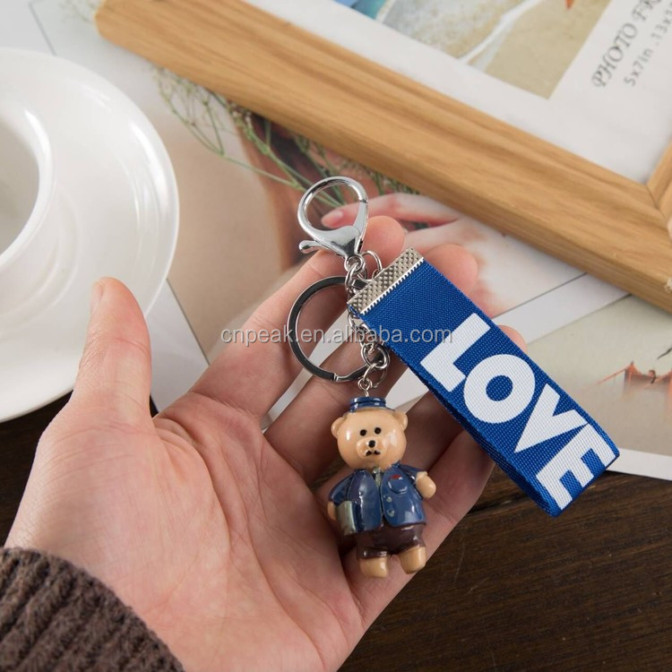 Manufacturer direct selling cute bear resin material key chain