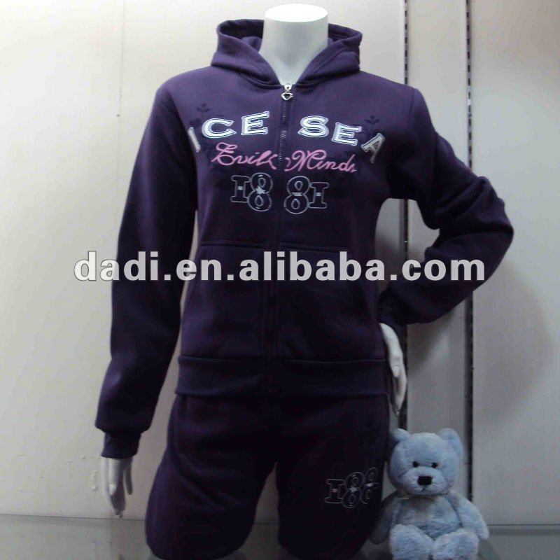 Wholesale Embroidery Polyester Ladies'Tracksuit
