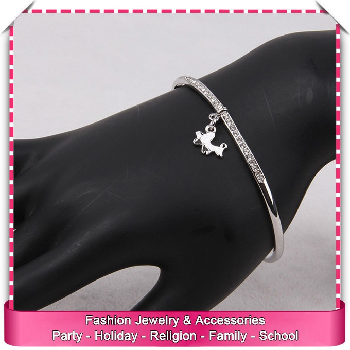 From china vintage imitate silver dog bracelet, low price vintage rhinestone bracelet