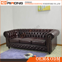 Classical upholstered chesterfield leather sofa