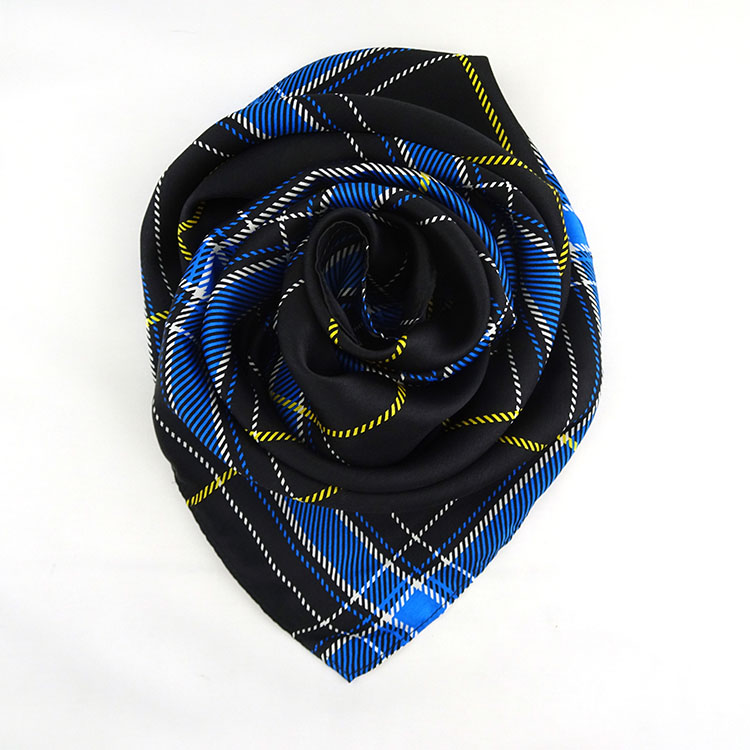 wholesale china custom fashion design 100% silk scarf for gift
