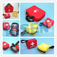 Mini promotional pocket guide on first aid/primeros auxilios