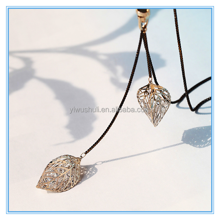 Long section Korea wild accessories necklace Japan and South Korea clothes pendant jewelry leaves chain