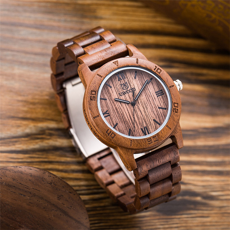 2020 New Custom Brand Your Own Wooden Quartz Watch Walnut Wood Watches