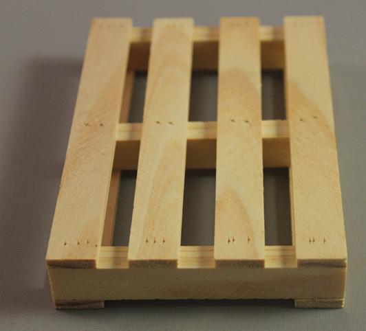 Venta al por mayor manualidades hechas con madera terciada for Paletas madera