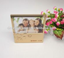 Customize Embossing Logo Family Aluminum Photo Frame For Picture