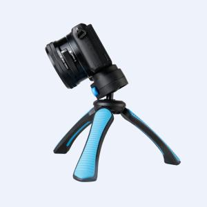 Fotopro 2019 hot sale Wholesale strong stable small Tripod Stand compact mini table tripod for mirrorless camera , cell phones