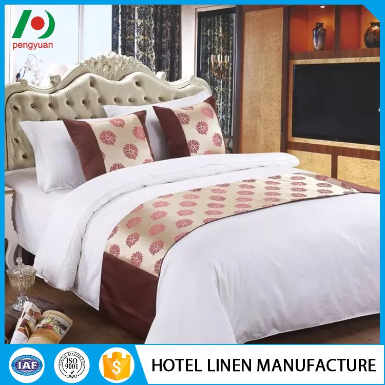 Professional softest beautiful hotel bed runner and cushion