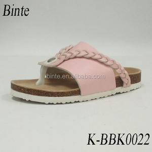 Pink color buckle PVC material kids cork sandal shoes 2017 casual shoe children pigtail angle style beautiful beach slipper