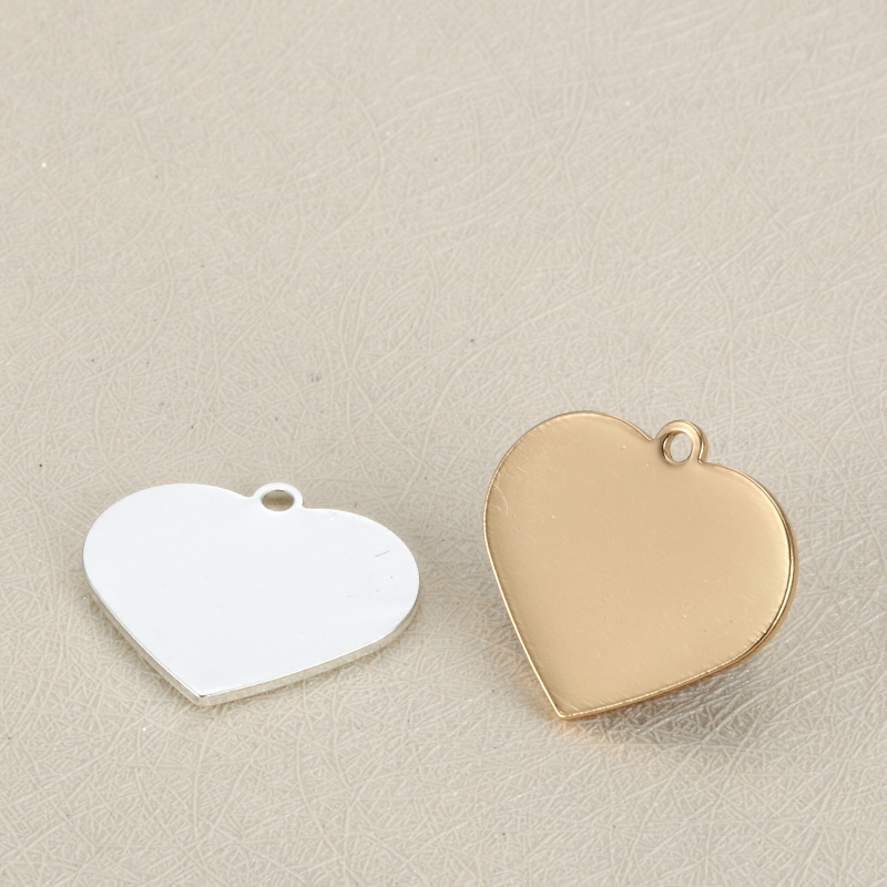 Stainless Steel Custom Heart Shape Engrave Logo <strong>Charms</strong> For Promotion
