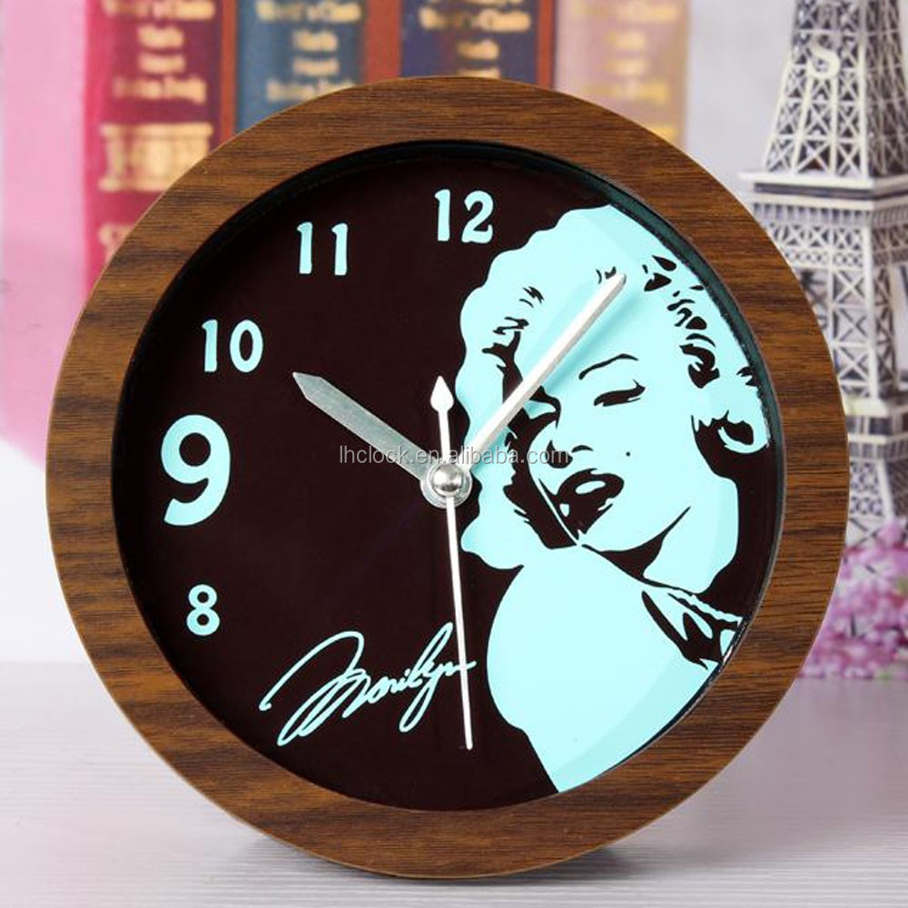 Marilyn Monroe decoration table clock wooden color