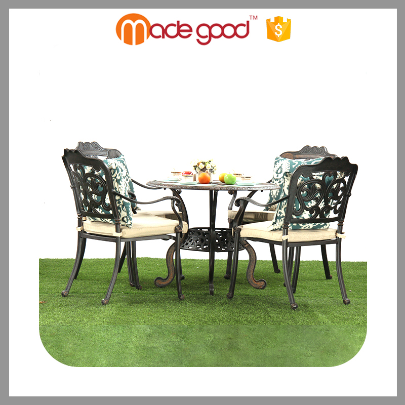 Zhejiang Madegood Best selling custom design garden furniture 4 person outdoor dining table set
