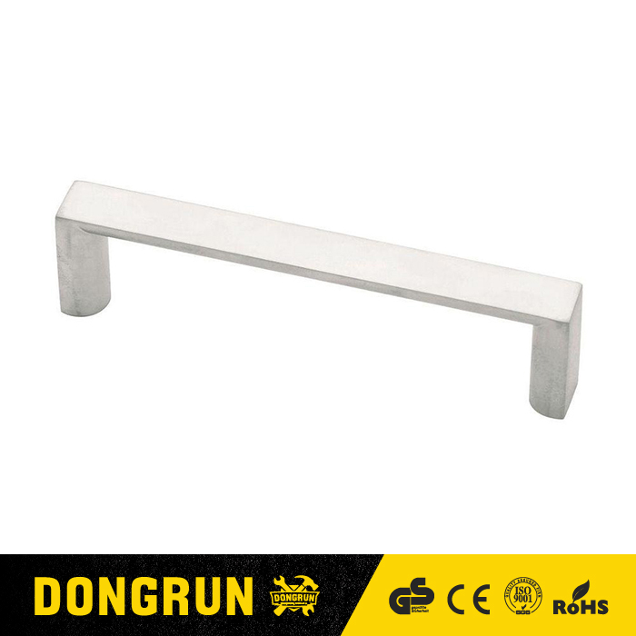 3-3/4 in. (96mm) Aluminum Plaza Cabinet Pull