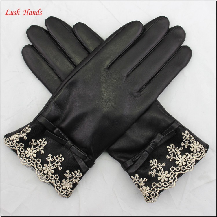 Hebei lxian goodluck glove factory Wholesale ladies black leather gloves and the cuff with white Voile lace
