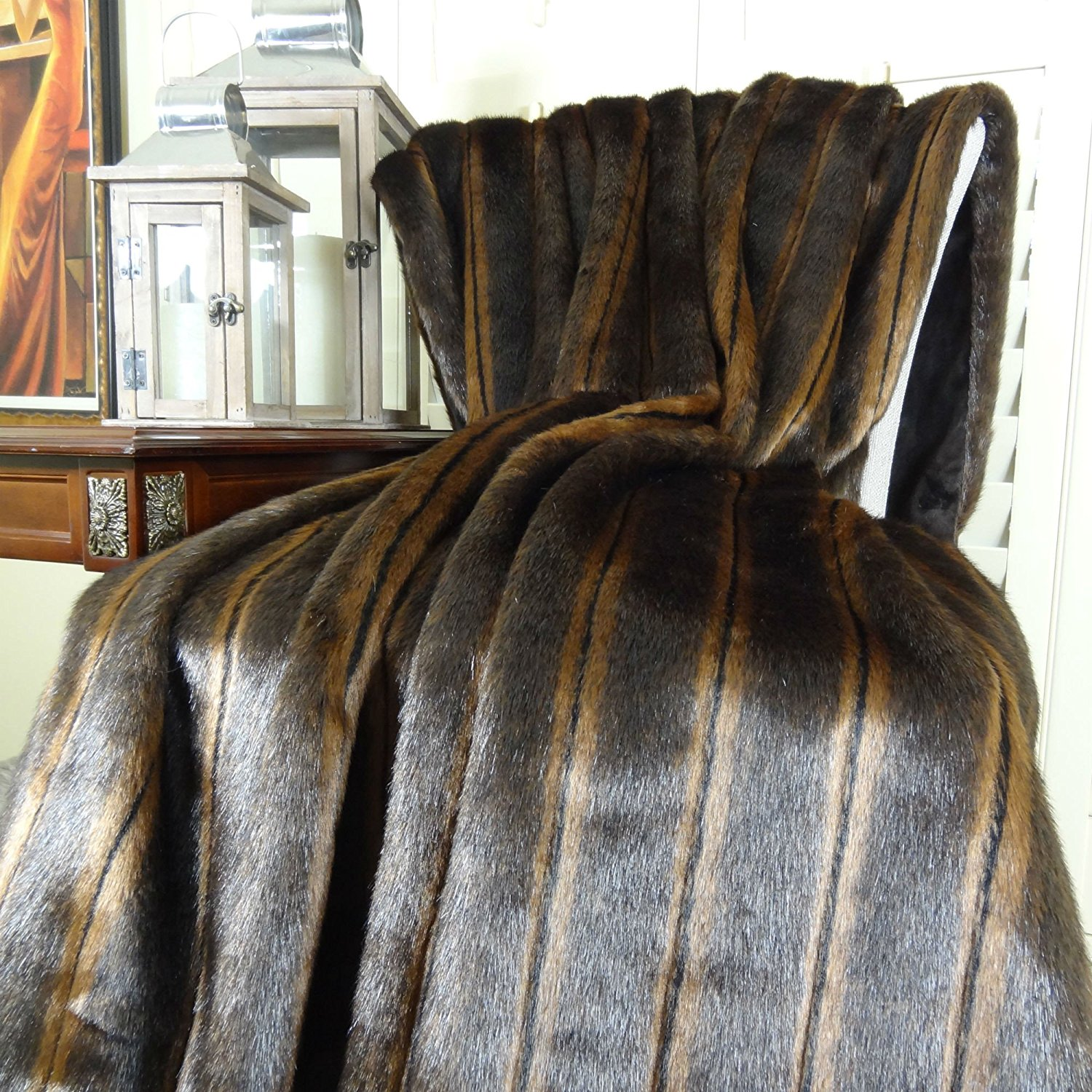 Thomas Collection handmade throw blanket, Luxury Brown Mink Two Tone Faux Fur Throw Blanket & Bedspread, Mink Fur, Made in USA, 16424