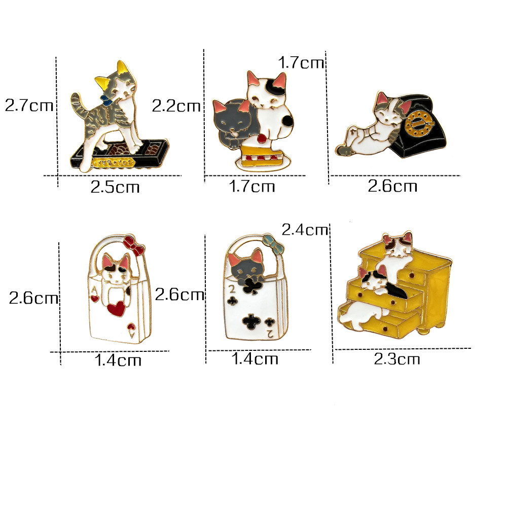 China manufacturers metal hard enamel pin cat