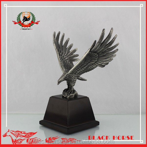 Beauty Home Decor Brons Eagle Wing Sculptuur Black Eagle Standbeeld Trofee