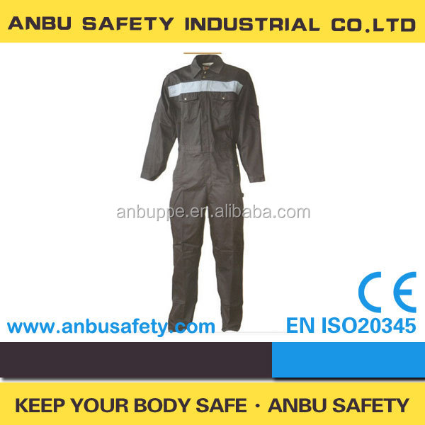 Decades of experience in producing oil refinery work wear / oil field work wear