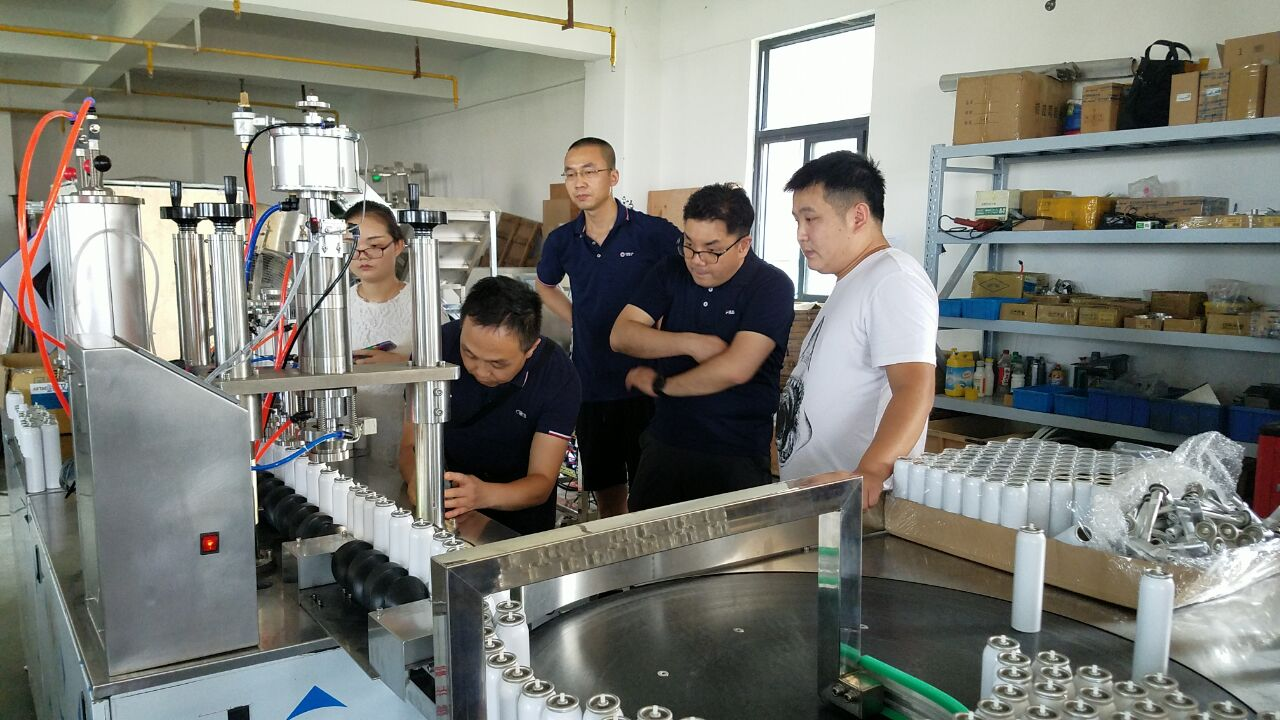 Breathing Fresh Air / Portable Oxygen cans Filling Machine For Tin / Alu Cans , semi auto aerosol  bag on valve filling machine
