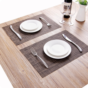Wholesale 70%PVC+30% Polyester Plastic Woven Foldable Mat Heat Insulation Placemat