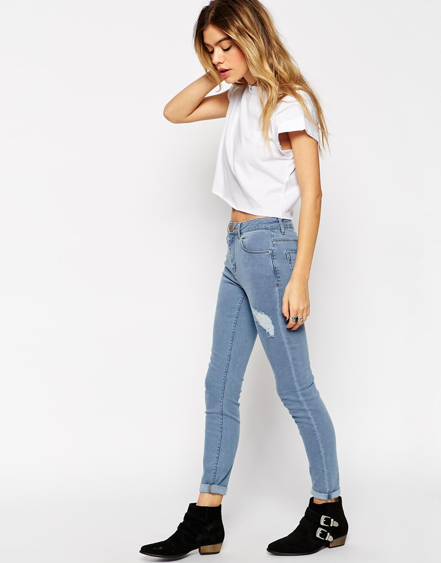 Find perfect-fitting jeans at Topshop. From skinny jeans to stylish high-risers, snap up new season denim now. With free delivery when you spend £