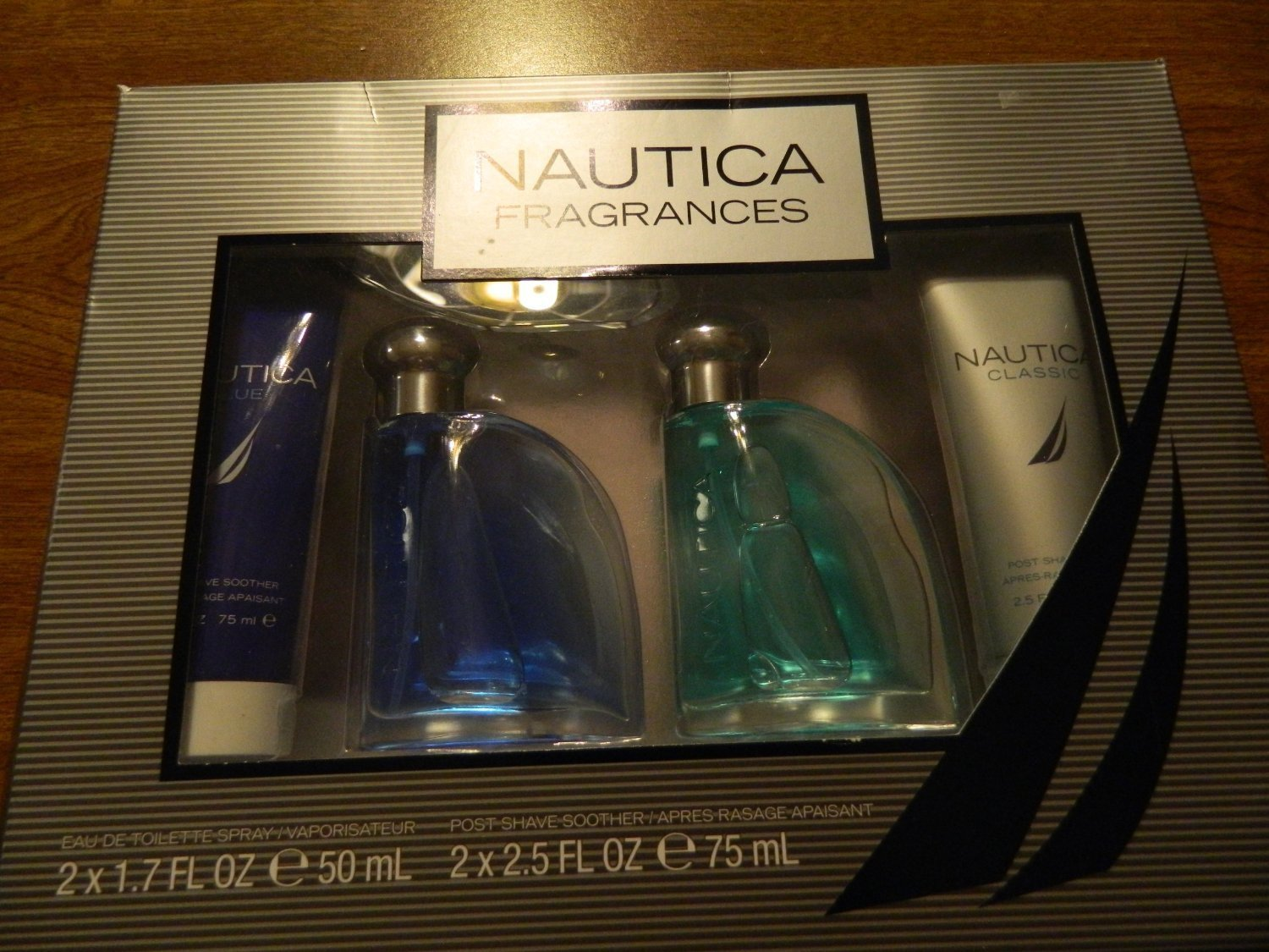 Nautica Fragrances 4 Piece Gift Set: 1 Nautica Blue Eau De Toilette Spray 1.7 Oz, 1 Nautica Classic Eau De Toilette Spray 1.7 Oz, 1 Nautica Blue Post Shave Soother 2.5 Oz, 1 Nautica Classic Post Shave Soother 2.5 Oz (2 Pack)